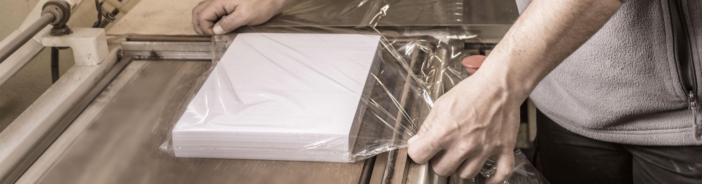 Postkarten Mailing wird hergestellt
